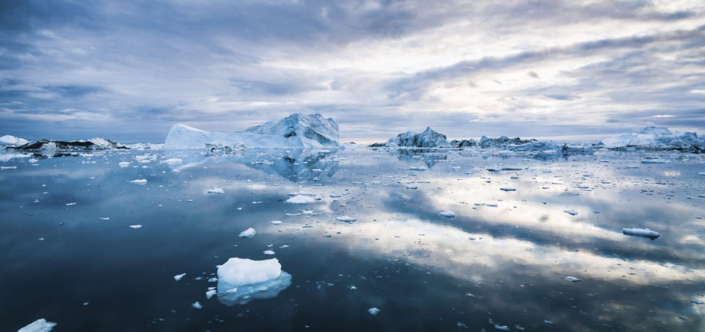 Iceberg and Antarctic seas - SAPMER flawless traceability