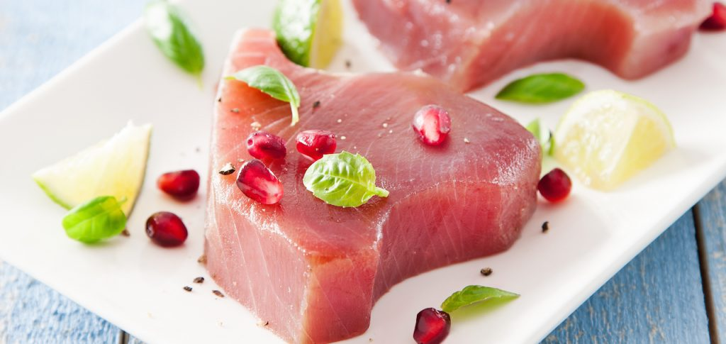 Raw Ahi tuna steak - SAPMER Ahi tuna product